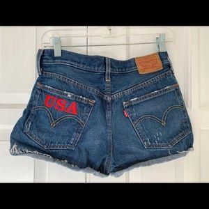 501 Levi Strauss Jean shorts